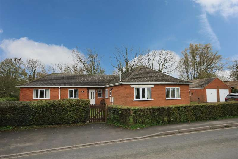 3 Bedrooms Detached Bungalow for sale in Beesby Road, Maltby Le Marsh, Alford