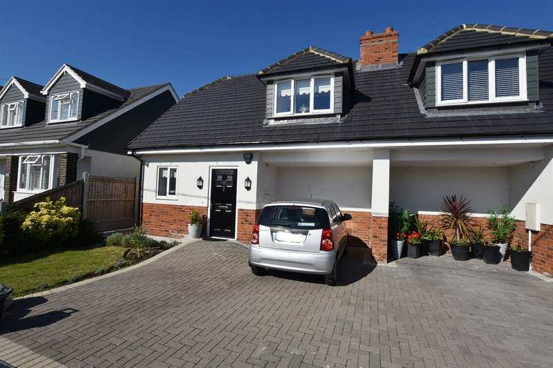 1 Bedroom Semi Detached House for sale in Hannett Road, Canvey Island