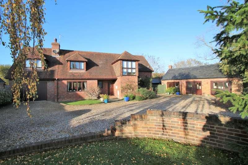 4 Bedrooms Detached House for sale in Sissinghurst Road, Biddenden