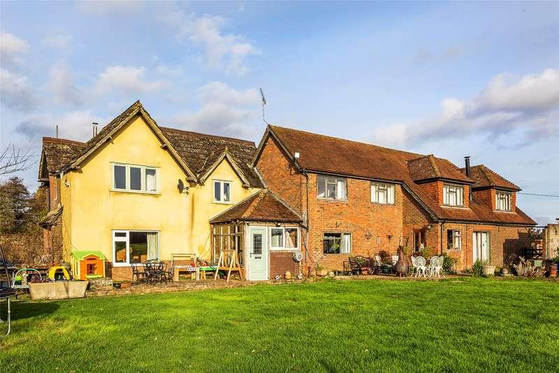 5 Bedrooms Detached House for sale in Horsham Road, Cranleigh, Surrey, GU6
