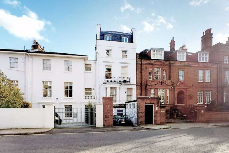 3 Bedrooms Flat for sale in Abercorn Place, London, NW8