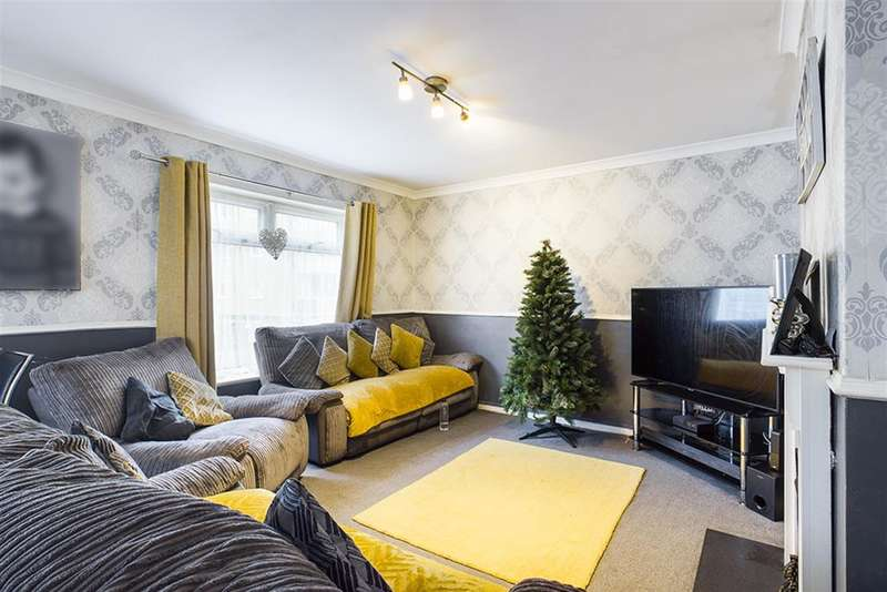 2 Bedrooms Flat for sale in Malwood Avenue, Southampton, SO16 6RW