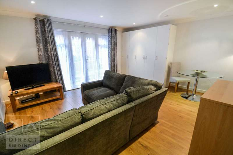 Studio Flat for rent in Leret Way, Leatherhead, KT22 7JL