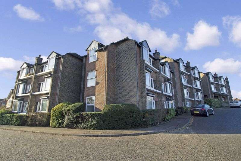2 Bedrooms Property for sale in Hedingham Place, Sible Hedingham, CO9 3SW