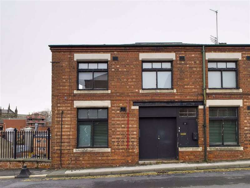 2 Bedrooms Flat for rent in High Street, Stockport