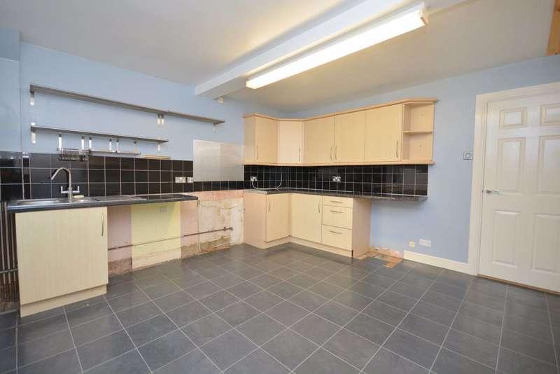 3 Bedrooms Property for rent in High Street, Ramsgate, CT11 9TT