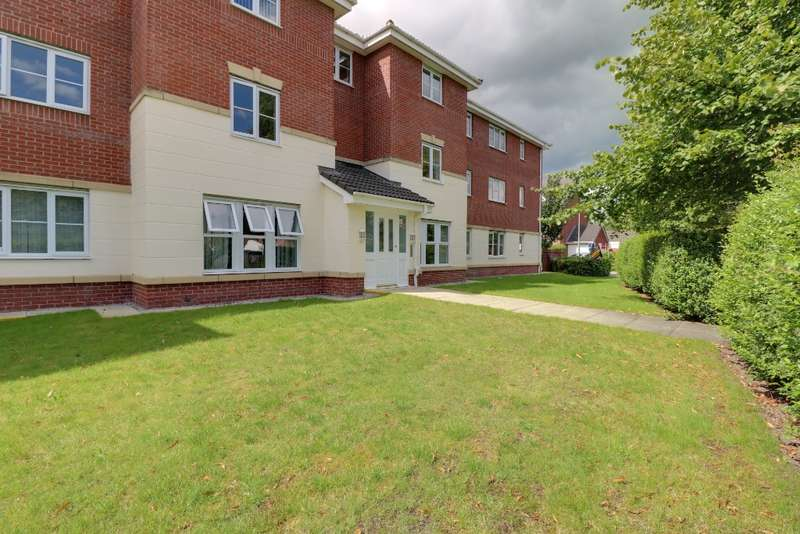 2 Bedrooms Flat for rent in William Foden Close, , Sandbach, CW11 3SE