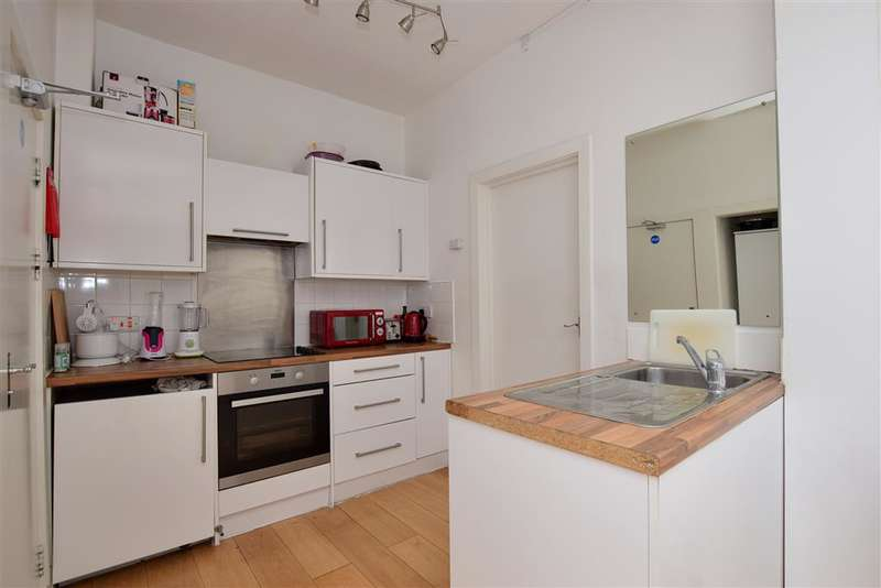 3 Bedrooms Terraced House for sale in Paget Road, , Ilford, Essex
