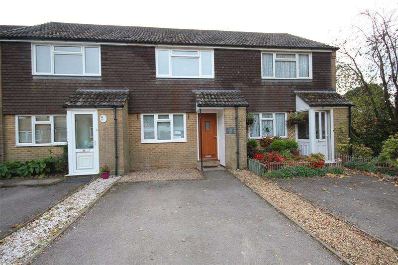 2 Bedrooms Terraced House for rent in Willow Drive, Ringwood, BH24