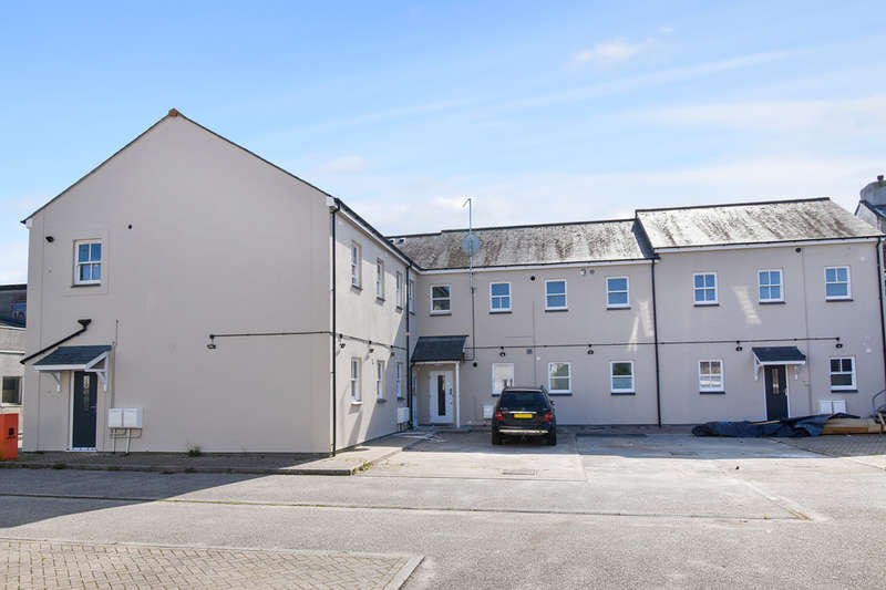 2 Bedrooms Flat for rent in Truro