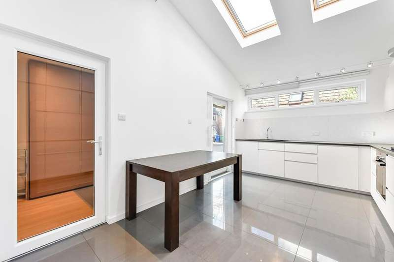 4 Bedrooms End Of Terrace House for rent in Capstan Way, London SE16