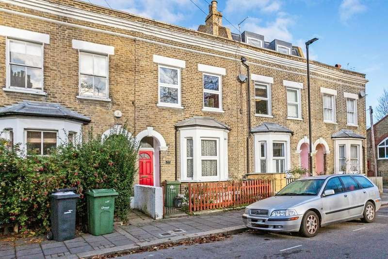 3 Bedrooms House for sale in Flaxman Road, London SE5