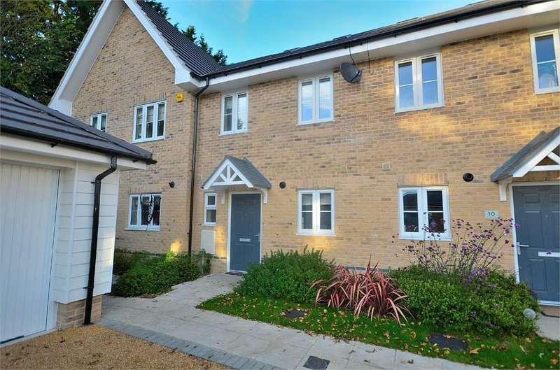 3 Bedrooms Terraced House for rent in Copper Beech Avenue, Takeley, Bishop's Stortford