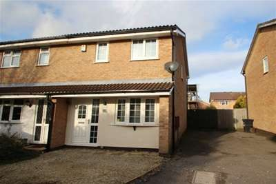 3 Bedrooms House for rent in Homeleaze Road, Brentry, BS10 6BZ