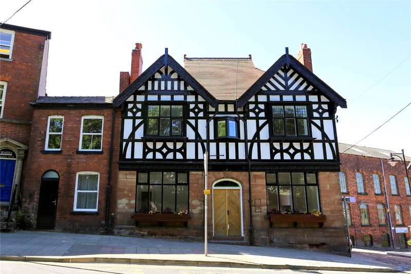 2 Bedrooms Apartment Flat for rent in Apartment 2 The Thatched House, 74 Churchgate, Stockport, Cheshire, SK1
