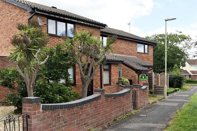 2 Bedrooms Property for rent in Blackthorn Walk, Waterlooville, PO7