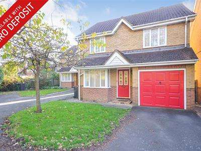 3 Bedrooms Detached House for rent in Mulberry Walk, St Leonards On Sea, TN37