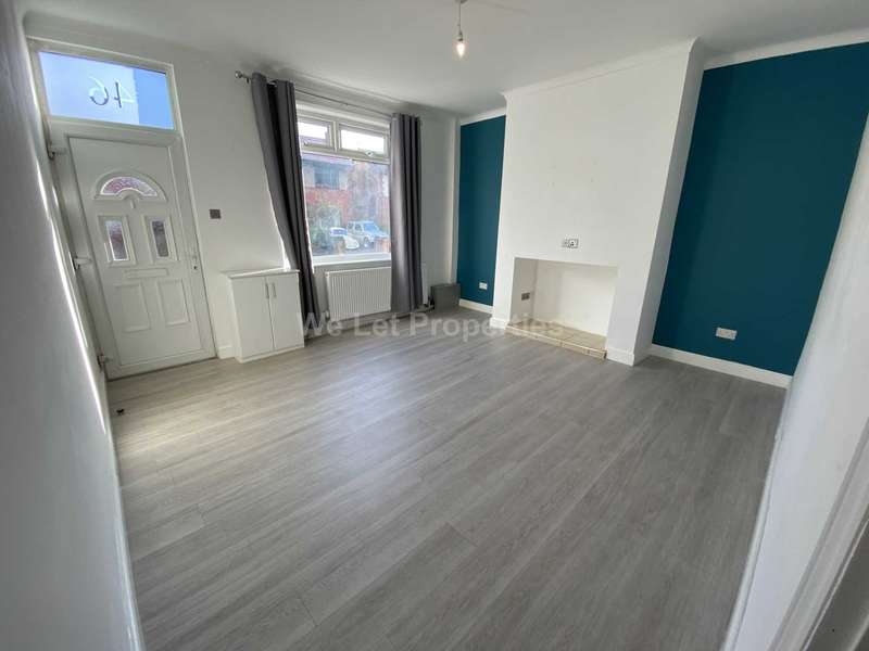 2 Bedrooms House for rent in Newearth Road, Walkden