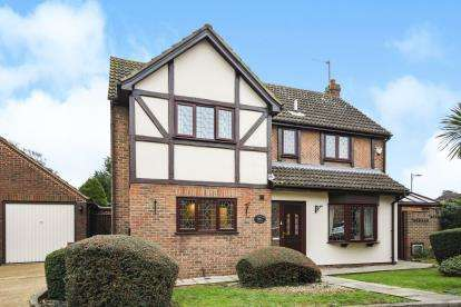 4 Bedrooms Detached House for sale in Westcliff-On-Sea, Essex, .
