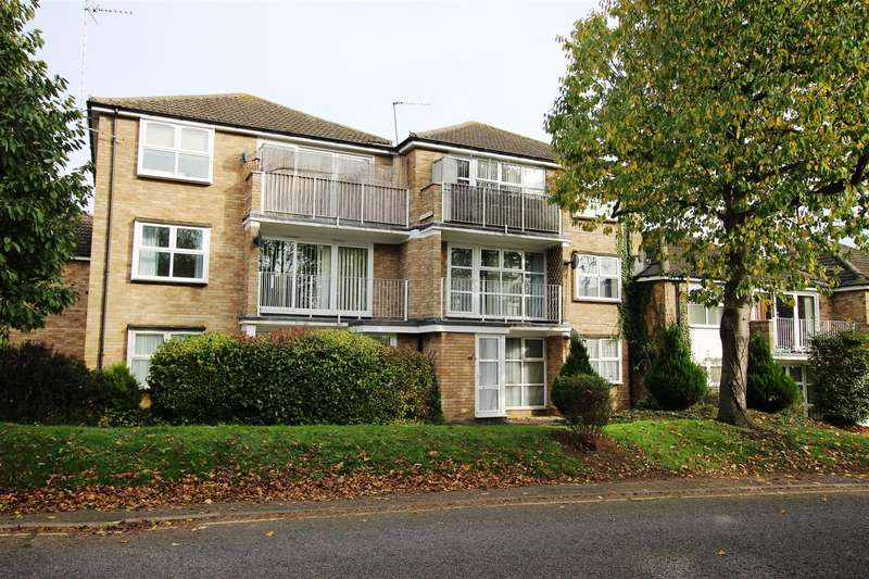 2 Bedrooms Flat for rent in Himley Court, Himley Green, Linslade