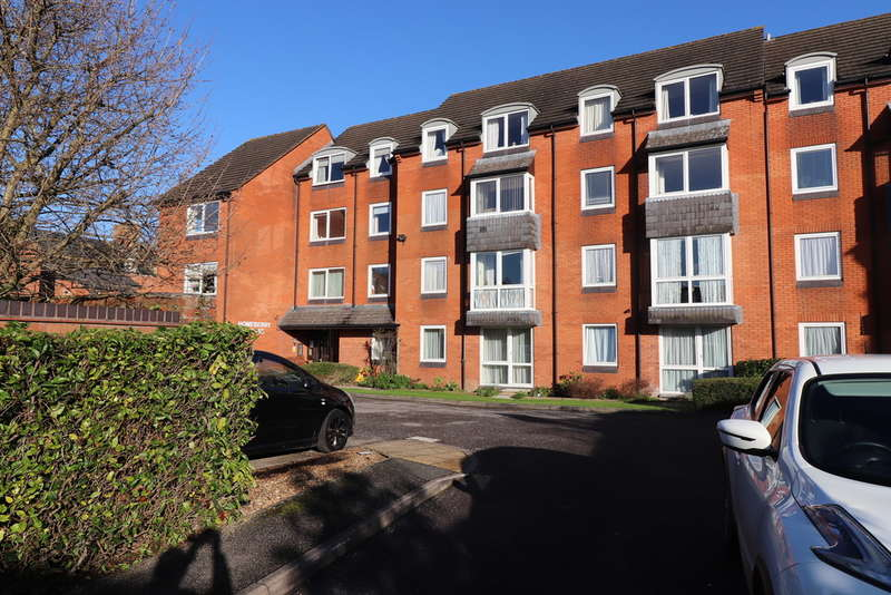 1 Bedroom Flat for rent in Homeberry House, Cirencester