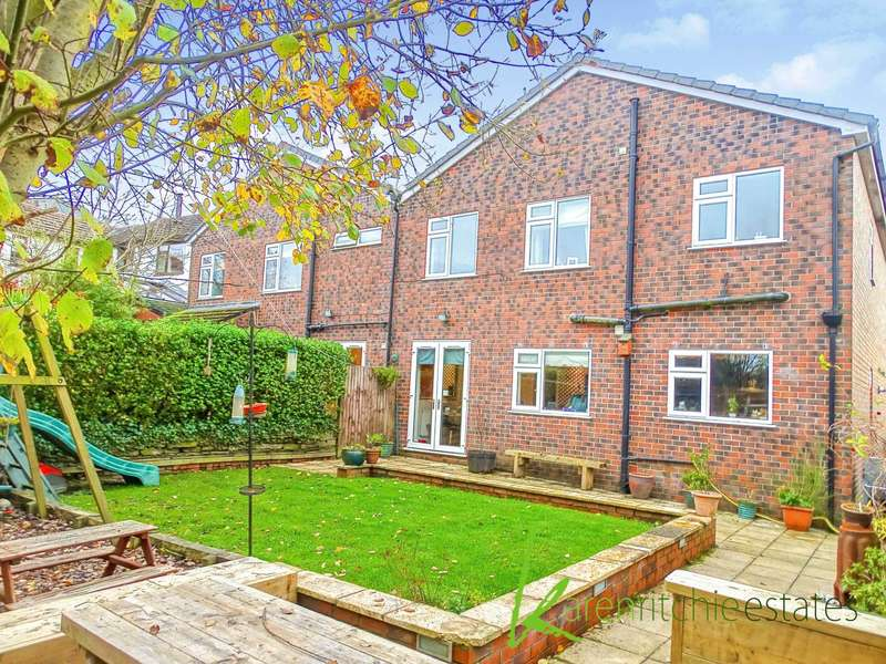 4 Bedrooms Semi Detached House for sale in Junction Road West, Bolton