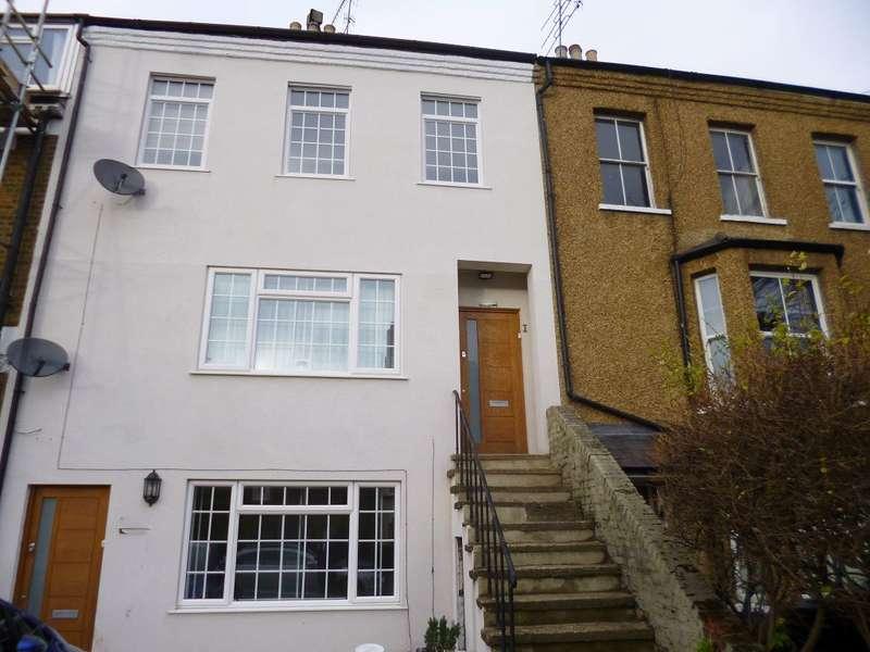 1 Bedroom Flat for rent in Chalk Hill, Bushey, WD23