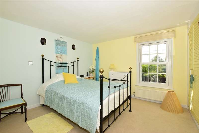 3 Bedrooms Terraced House for sale in The Street, , Boxley, Maidstone, Kent