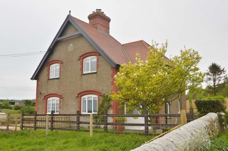 3 Bedrooms Semi Detached House for rent in Llantrithyd, Cowbridge
