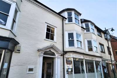2 Bedrooms Flat for rent in Cliffe High Street