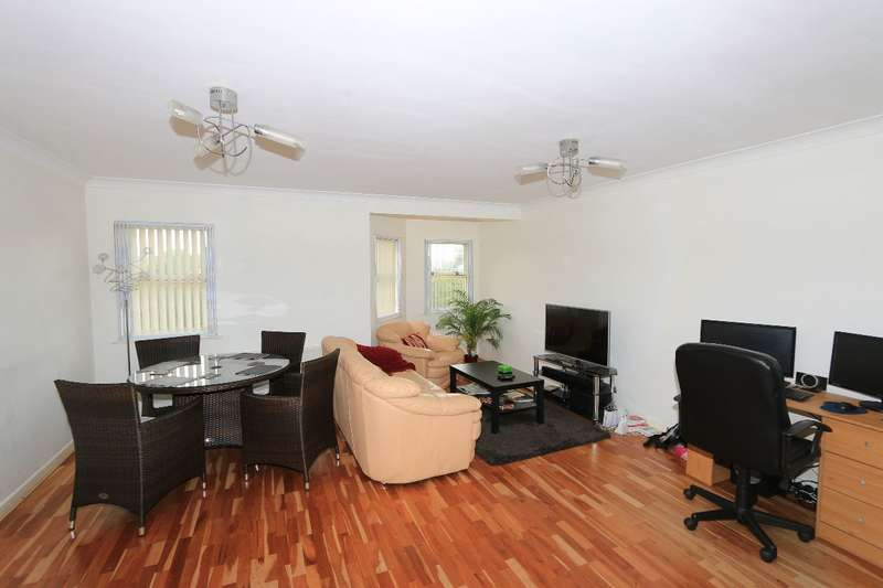 2 Bedrooms Flat for rent in Worster Court, Ranson Road, Norwich