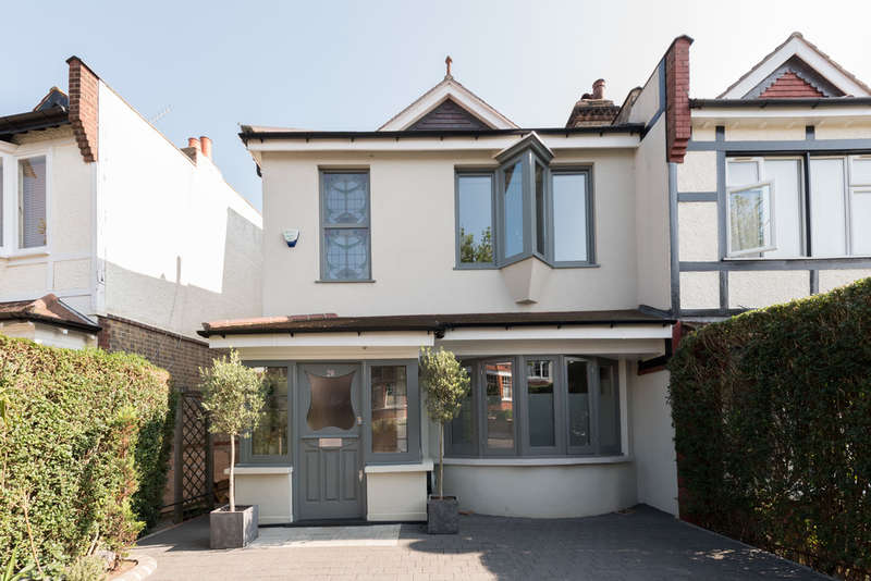 4 Bedrooms Semi Detached House for sale in Redston Road, Crouch End, London