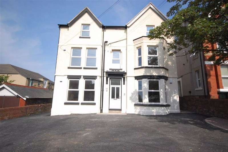 2 Bedrooms Flat for rent in Salisbury Road, Wallasey, Wirral