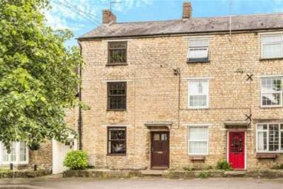 3 Bedrooms House for rent in High Street, Brackley