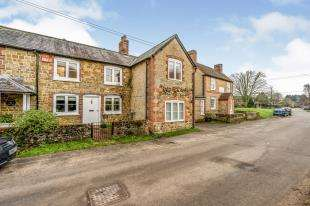 4 Bedrooms Semi Detached House for sale in The Street, Stedham, Midhurst, West Sussex