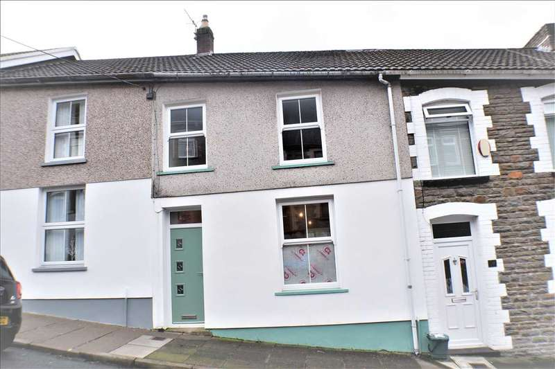 3 Bedrooms Terraced House for sale in Charles Street, Porth