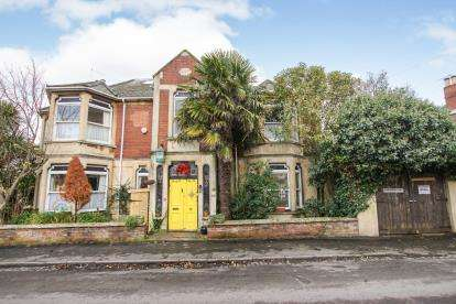 6 Bedrooms House for sale in Maple Road, Horfield, Bristol