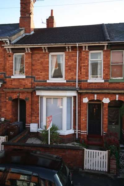 3 Bedrooms Terraced House for sale in North Parade, Lincoln, Lincolnshire, LN1
