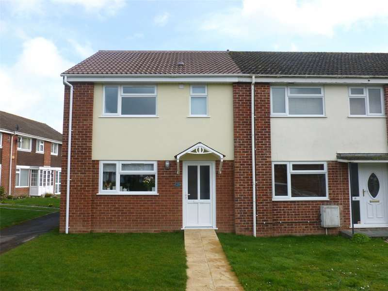 3 Bedrooms End Of Terrace House for rent in Thorndun Park Drive, Chard, Somerset, TA20