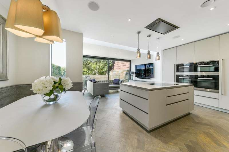 5 Bedrooms Detached House for sale in Ormond Road, Richmond
