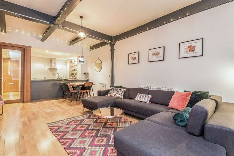 2 Bedrooms Flat for sale in Church Street, Manchester, Greater Manchester, M4