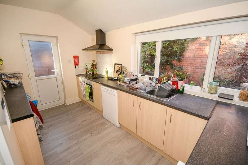 4 Bedrooms Terraced House for rent in Richmond Road, Lincoln, LN1