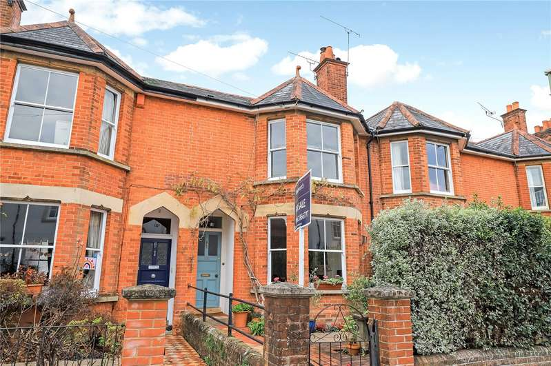 3 Bedrooms Terraced House for sale in Edgar Road, St Cross, Winchester, SO23
