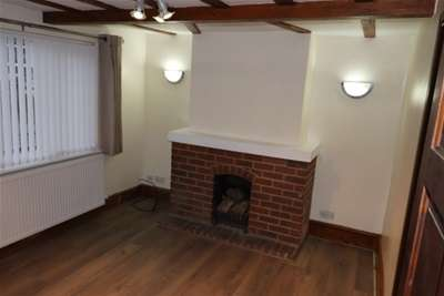 2 Bedrooms House for rent in London Hill, Rayleigh