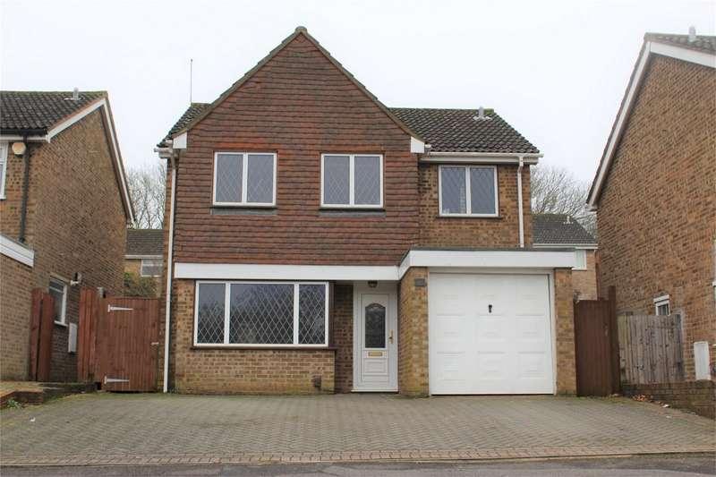 4 Bedrooms Detached House for sale in Glenwood Close, HEMPSTEAD, GILLINGHAM, Kent
