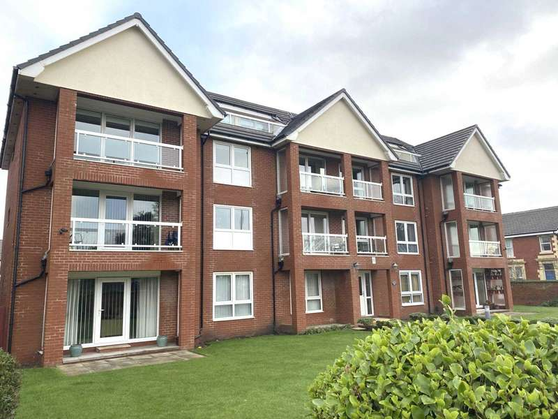 2 Bedrooms Flat for sale in Herne Hill Lodge, Lytham Road, Blackpool, FY4 1RB