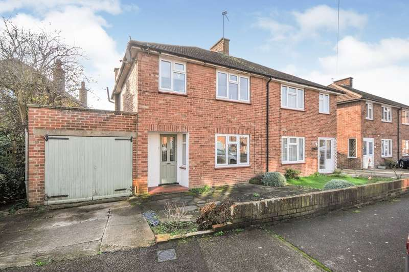3 Bedrooms Detached House for sale in Ruxley Close, Sidcup, DA14 5LS
