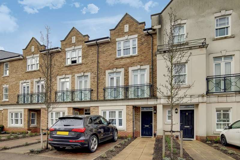 4 Bedrooms Terraced House for sale in Holford Way, Roehampton, SW15