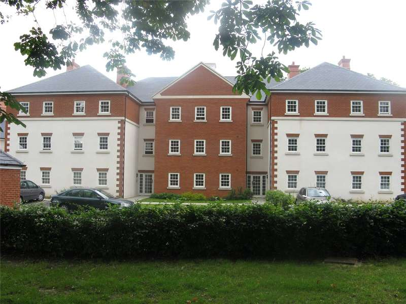 2 Bedrooms Apartment Flat for rent in Gawton Crescent, Coulsdon, CR5