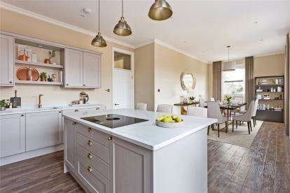 3 Bedrooms Flat for sale in Mansion Apartments, 18 Bucknall Way, Beckenham